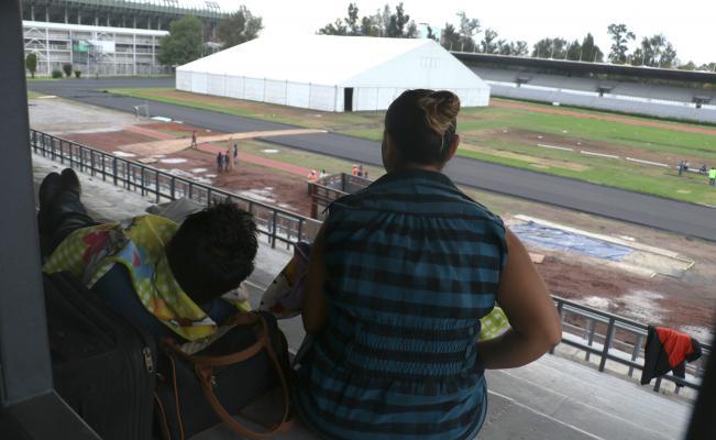 Despliegan operativo de seguridad en la Magdalena Mixhuca por migrantes