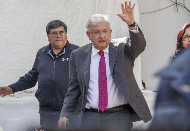 López Obrador se reúne con integrantes de su próximo gabinete de seguridad