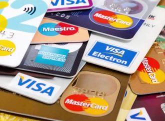 Pagos mínimos y disponer efectivo, errores al usar tarjeta de crédito