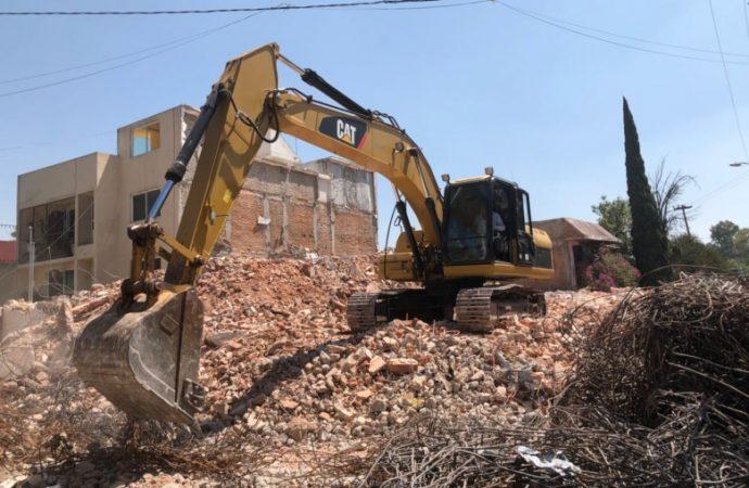 Denuncian Vecinos de Alcaldía de Venustiano Carranza caos por escombro de obras