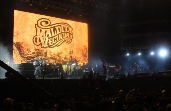 Recibe Zócalo capitalino a 100 mil personas en el primer concierto de la Semana de las Juventudes 2018