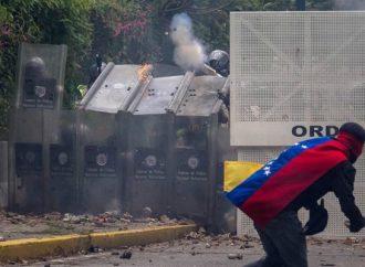 Suman 35 muertos y 850 detenidos en una semana de protestas en Venezuela