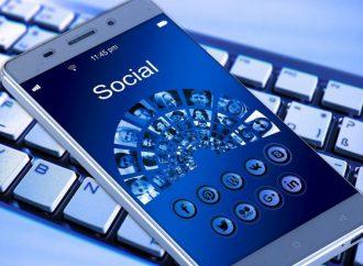 Videos en tiempo real marca tendencia estratégica en redes sociales para 2019