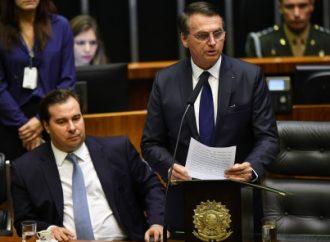 Bolsonaro anuncia la privatización de 12 aeropuertos