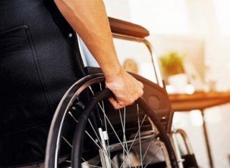 DIF nacional atiende a personas con discapacidad en 21 centros