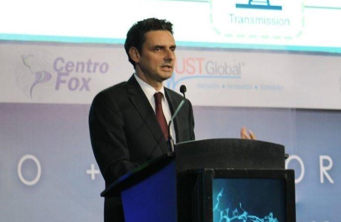 SFP investiga a Guillermo García Alcocer, titular de la CRE por presunto conflicto de interés