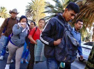 Migrantes consideran que seguirán en busca de mejor vida en EU
