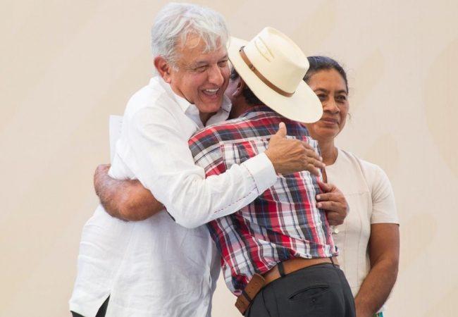 Tecnócratas corruptos abandonaron el campo, asevera López Obrador