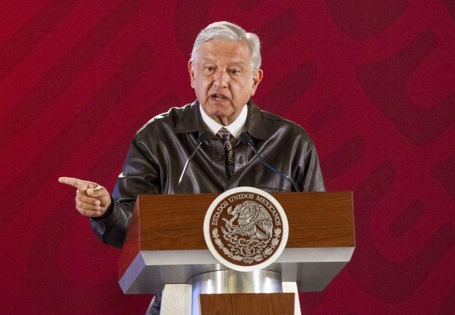 Bases para licitar Tren Maya estarán listas a más tardar en un mes: López Obrador