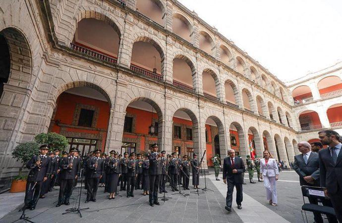 AMLO destaca modificaciones legales y la Guardia Nacional en primeros 100 días