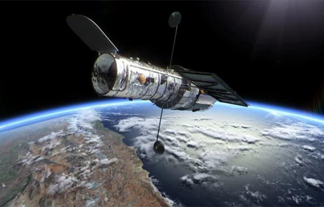 Observaciones astronómicas refrendan teoría de la relatividad de Einstein