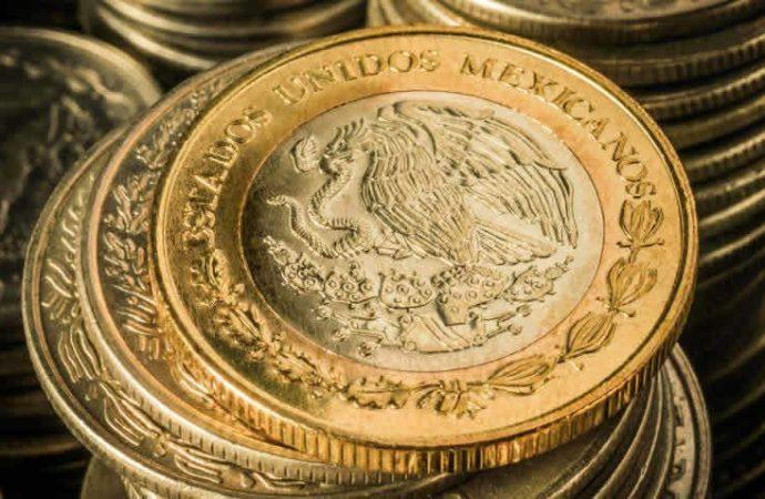 Peso cierra semana con apreciación ante debilitamiento del dólar