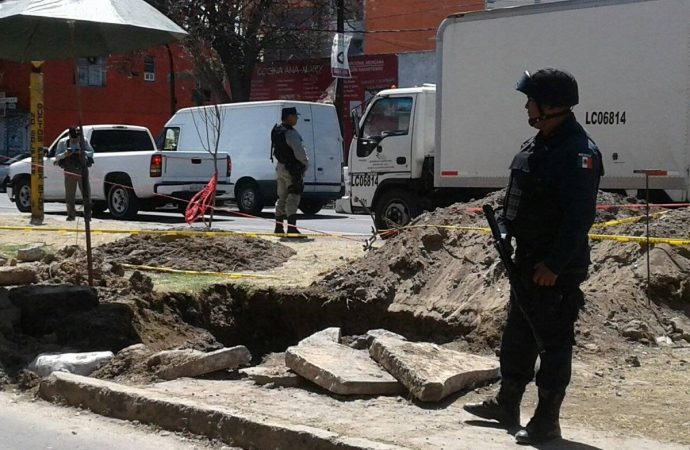Autoridades atendieron este martes toma clandestina en Azcapotzalco