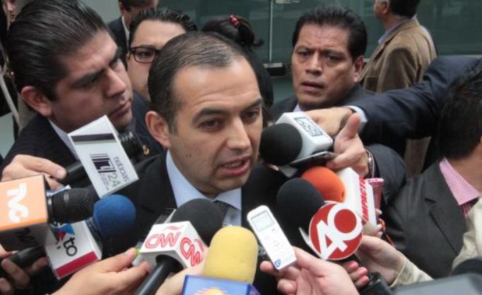 En votación dividida, confirma Tribunal expulsión de Cordero del PAN