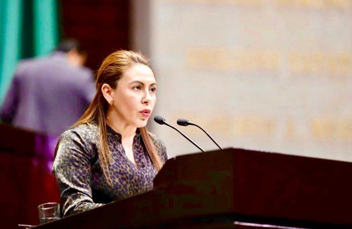 Diputada Rocío Barrera celebra entrega de medalla Sor Juana Inés de la Cruz a la Maestra Ifigenia Martínez
