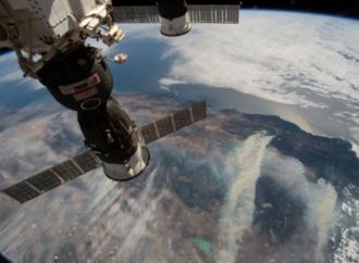 Cápsula de Space X se acopla a la Estación Espacial Internacional