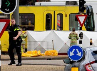 Policía holandesa busca a turco de 37 años por tiroteo en tranvia