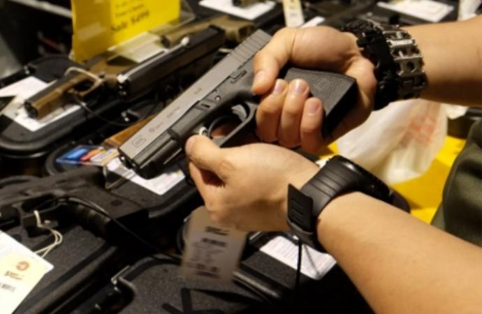 Mexicanos, con derecho a tener armas en su domicilio para legítima defensa: Segob