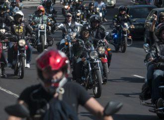 Plantean reglamentar el buen uso de motocicletas