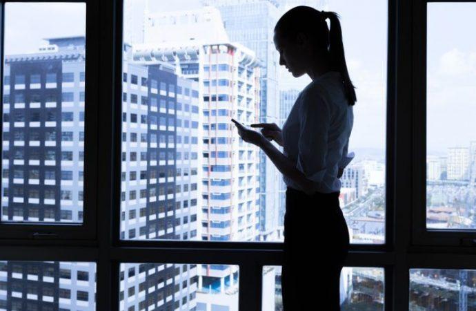 Mujeres en puestos directivos aportan mejores resultados a empresas