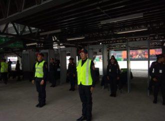 Policías de la SSC detienen a 20 personas por reventa de boletos en el 2º día del Vive Latino 2019