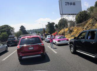 Autopista México-Cuernavaca registra carga vehicular