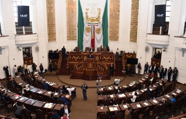 Diputados dejan fuera el outsourcing de reforma laboral