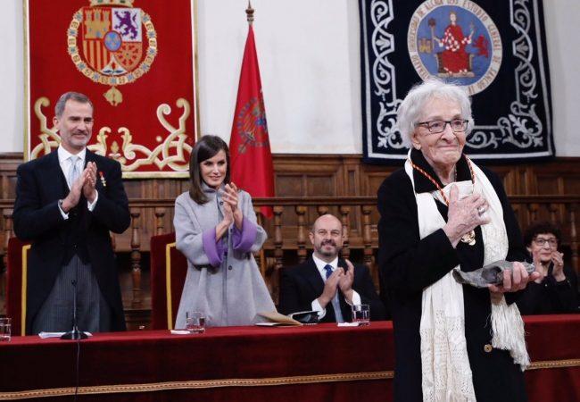 Recibe poeta uruguaya Ida Vitale Premio Cervantes