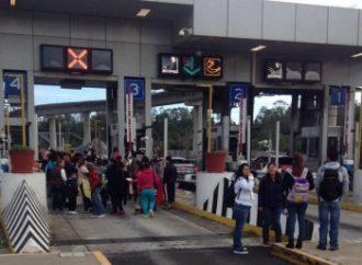 Alertan por presencia de manifestantes en la autopista México-Cuernavaca