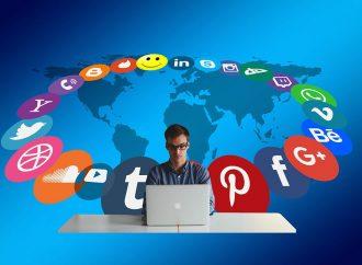 Redes sociales, dolor de cabeza para los voceros