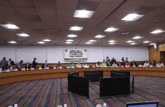 Validan en Comisiones Unidas reformas a diversos artículos de la Constitución en materia de paridad de género