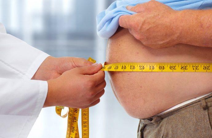 Privación de sueño contribuye a la obesidad