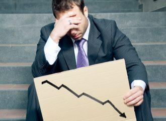 Absurdo tratar de justificar caída de empleos, opina perredista