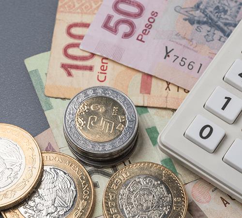 Peso concluye semestre como la segunda divisa más apreciada