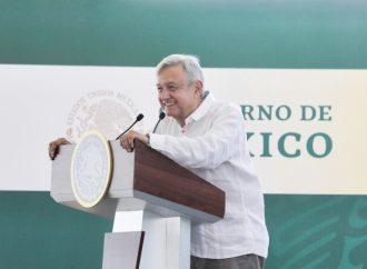 López Obrador anuncia adelanto en la entrega de escrituras