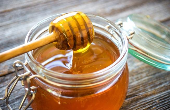 Recomienda Profeco comprar miel auténtica de abeja