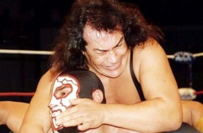 Muere ídolo de lucha libre mexicana