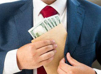 Prestanombres pueden ser acusados de delitos fiscales o fraudes