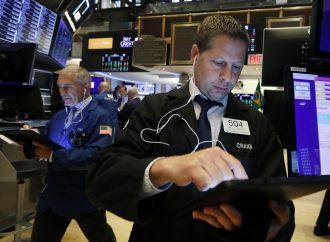 Tregua entre EU y China impulsa al S&P 500 a nuevo récord