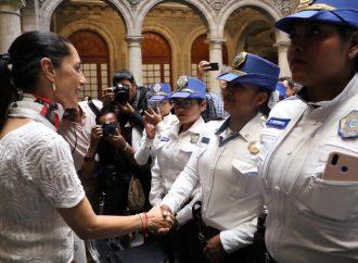 Presentan las Comisiones Ciudadanas contra la Violencia de la Mujeres policías y contra la Corrupción