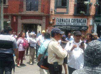 Trabajadores de Coyoacán desquician vialidades, reclaman pago del Fonac