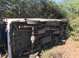 Se accidenta Camioneta con Reporteros en gira de AMLO