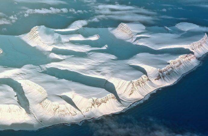 Encuentran cloro radiactivo en la Antártida