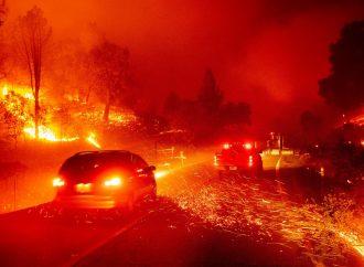 Incendios provocan devastación y evacuaciones en California
