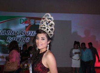 Muere en accidente automovilístico ex reina de las fiestas patrias de Tehuacán