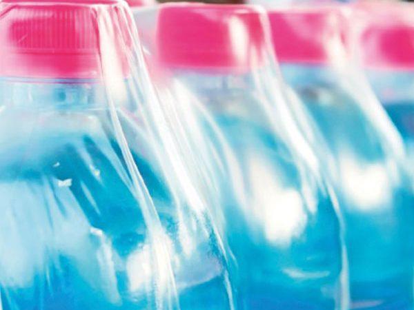 Unilever se compromete a reducir plásticos para 2025