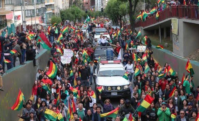 Se recibirá a refugiados bolivianos: Sheinbaum