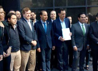 Presenta PAN denuncia por espionaje ante la FGR