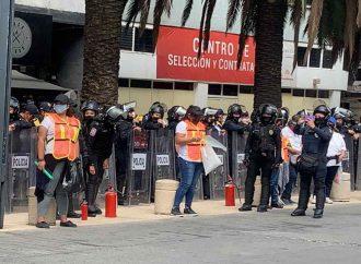 Pintas, destrozos y bombas molotov en macha por despenalización del aborto