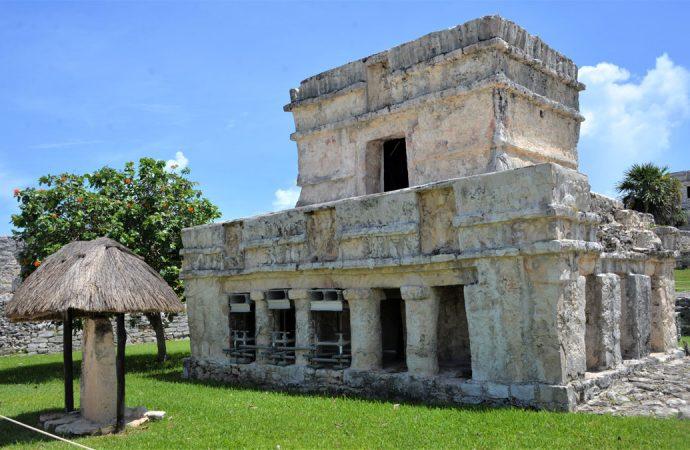 Banderazo a reapertura de zonas arqueológicas de Quintana Roo
